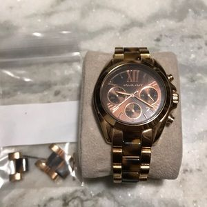 Barely worn rose gold Michael kors watch